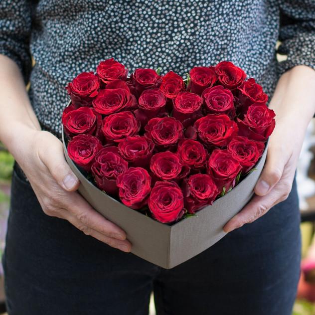 "Коробка из роз ""Сердечко"""